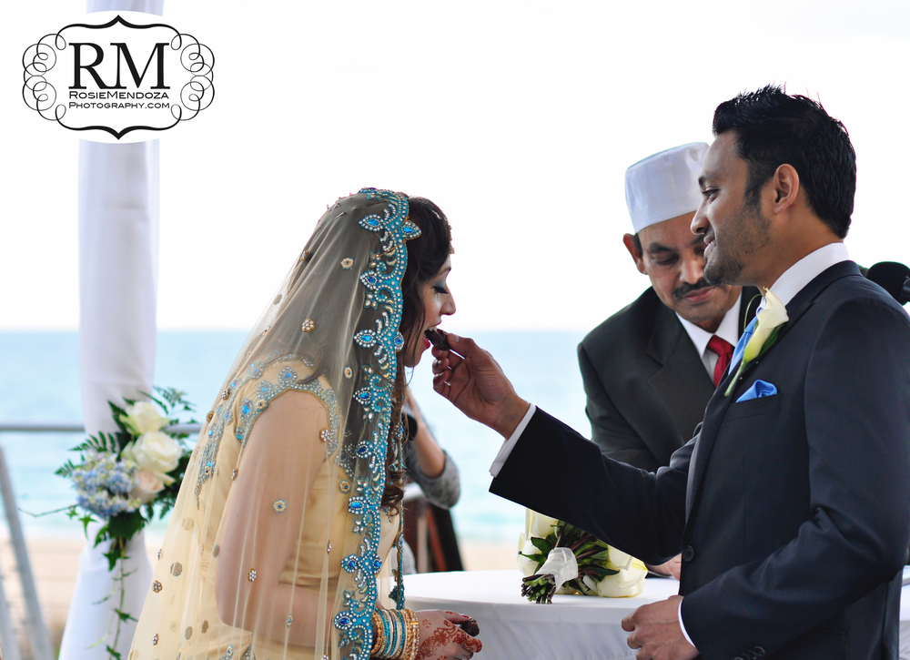 Fort-Lauderdale-Harbor-Beach-Marriott-Resort-and-Spa-Destination-Indian-Wedding-ceremony-tradition-photo
