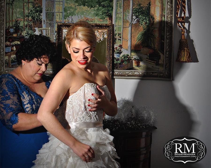 coral-gables-wedding-J-del-olmo-dress-photo