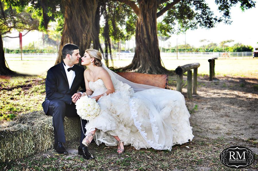 JR-Horse-Ranch-J-del-olmo-wedding-dress-portrait-photo