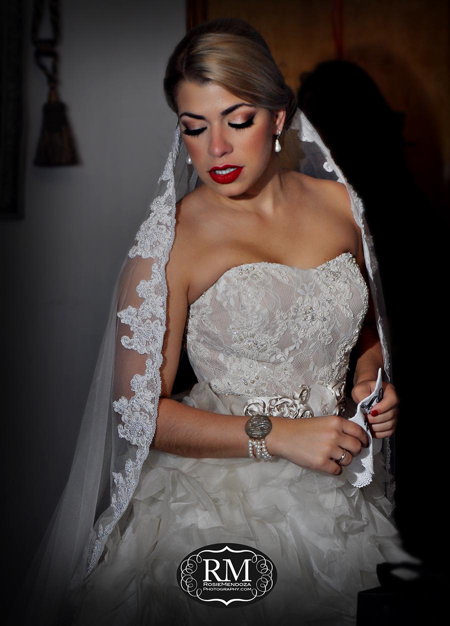 Miami-wedding-dress-J-del-Olmo-bride-red-lips-photo