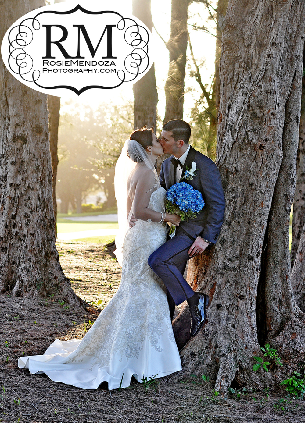South-Florida-Winter-wedding-kiss-in-Pembroke-Lakes-Country-Club-photo