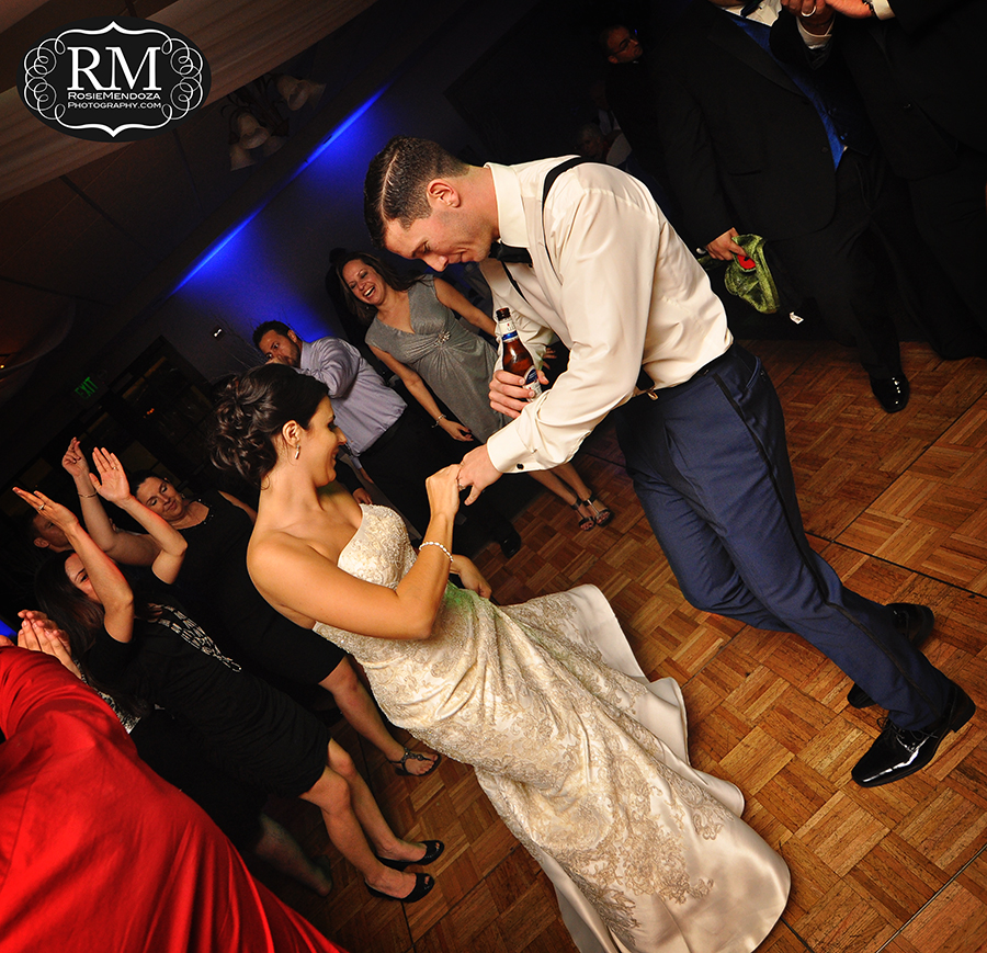 Miami-Winter-wedding-dance-in-Pembroke-Lakes-Country-Club-photo