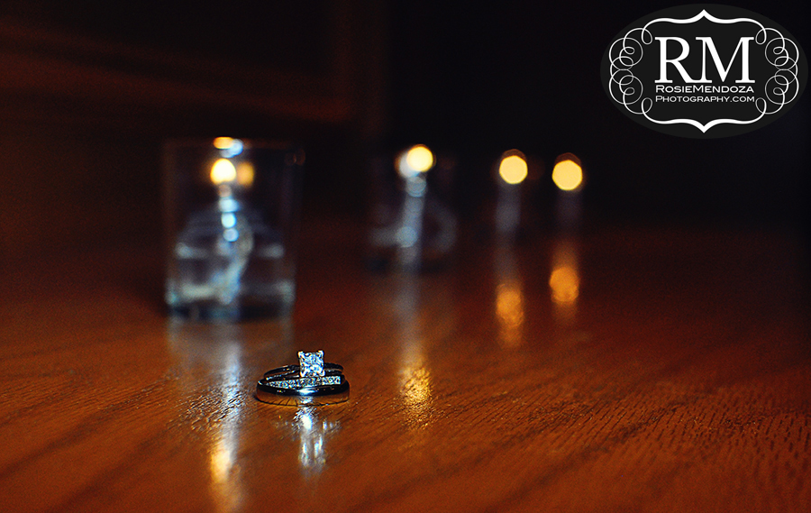 Wedding rings by the candles