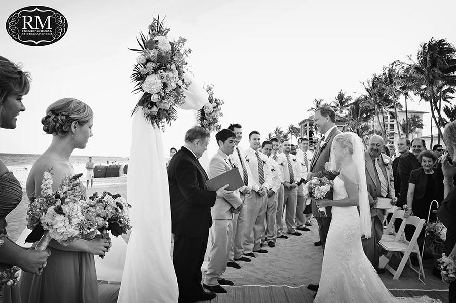 Wyndham-Deerfield-Beach-destination-wedding-service-photo
