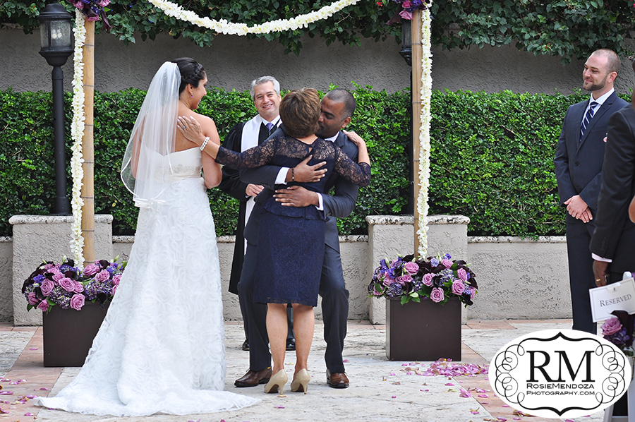 Ritz-Carlton-Coconut-Grove-wedding-ceremony-photo