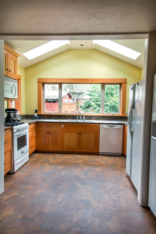 Harris Kitchen 2.jpg