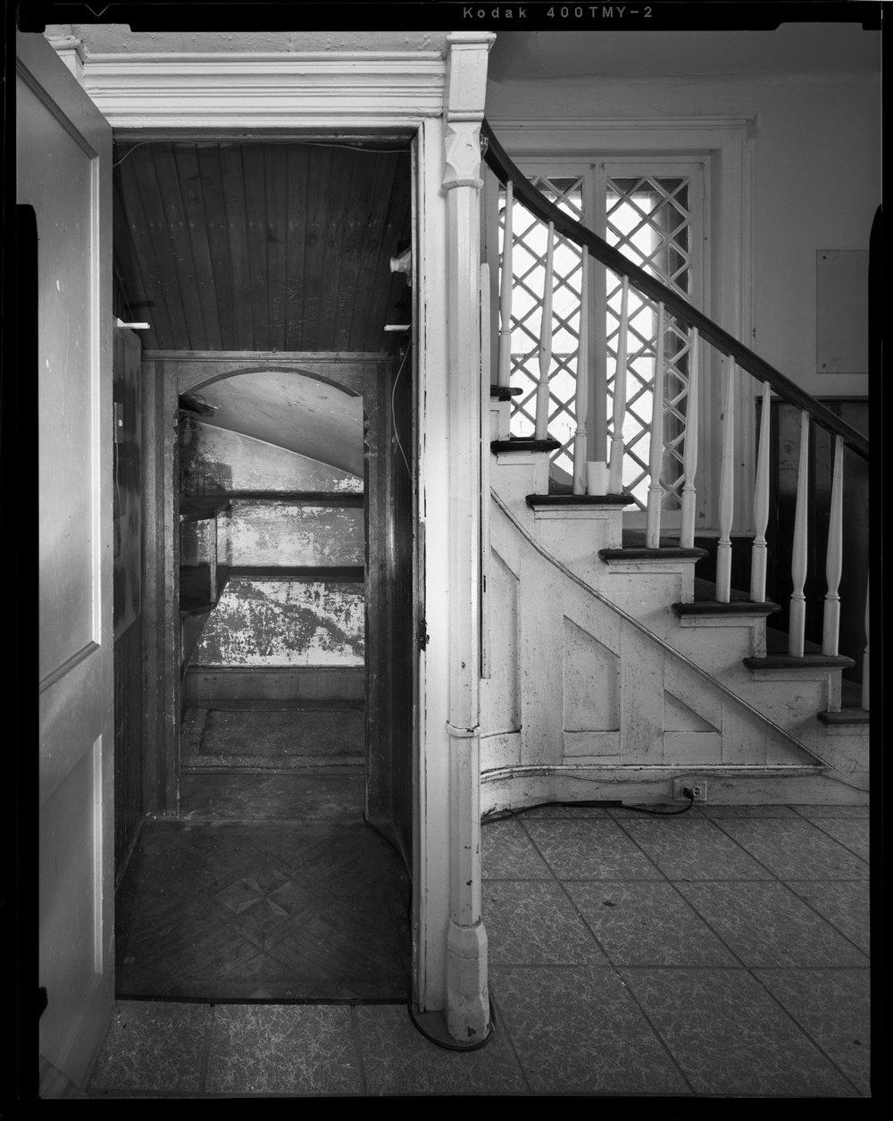 Closet_Interior_with_Stairway.jpg