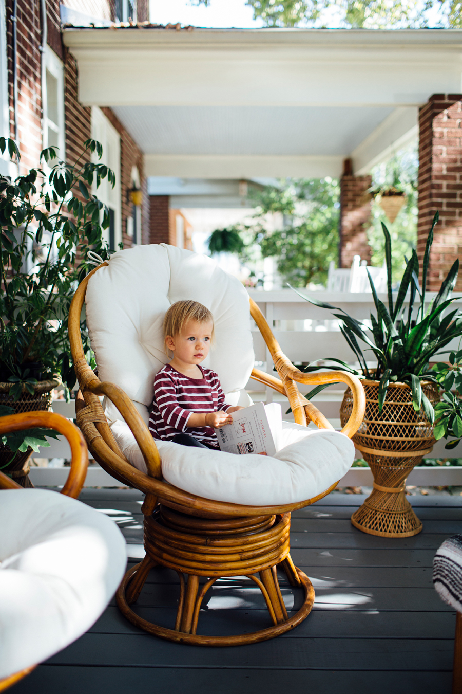 brookecourtney_munchkin_frontporch-14.jpg
