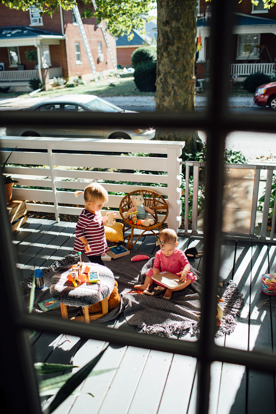 brookecourtney_munchkin_frontporch-35.jpg