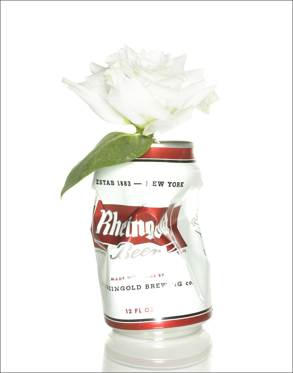 Rheingold w carnation.jpg