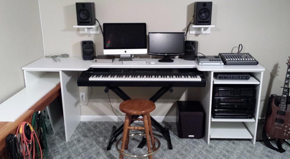 custom-desk-01_14225330649_o.jpg