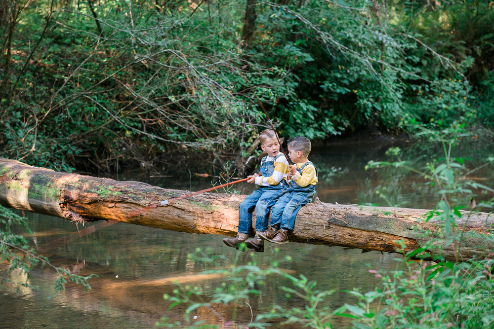 Family Pictures, River Family Pictures, Lifestyle Family Pictures, Family of 4-21.jpg
