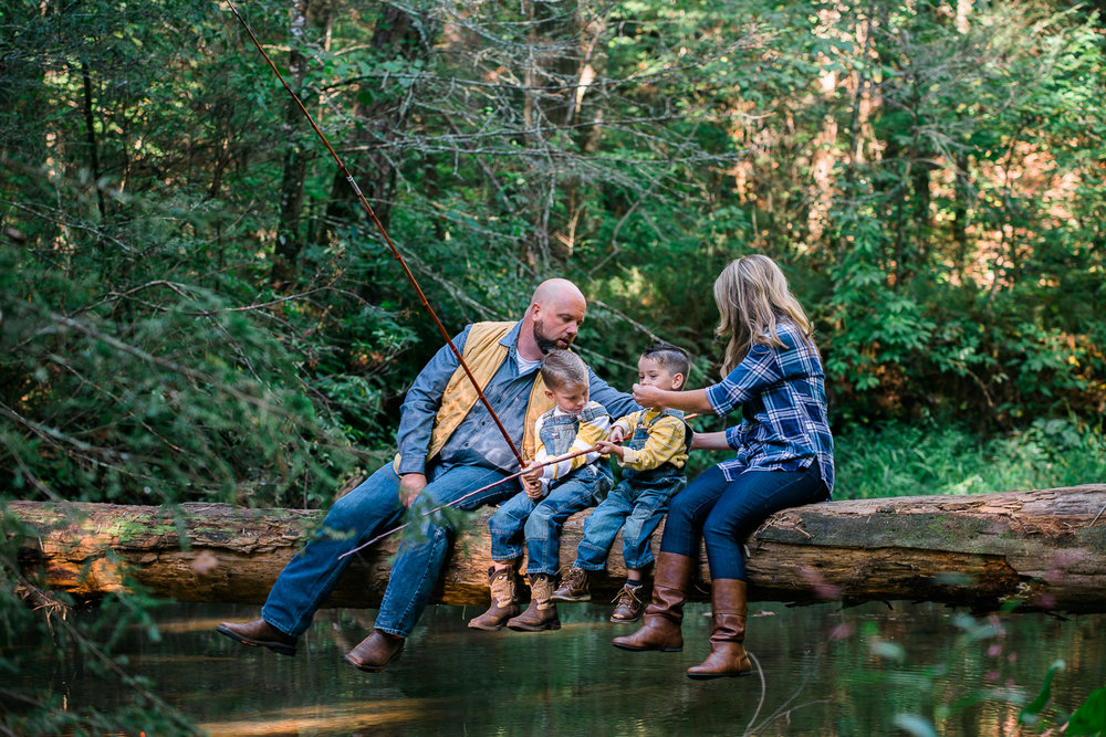 Family Pictures, River Family Pictures, Lifestyle Family Pictures, Family of 4-35.jpg