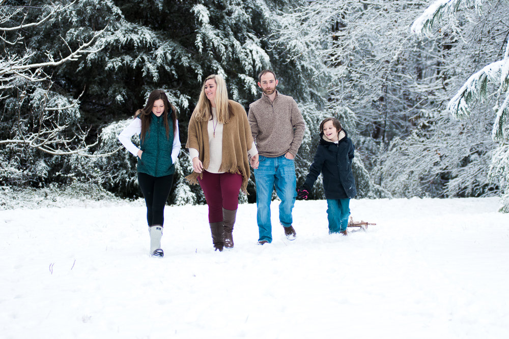 Snow Family Pictures, Lifestyle Family Pictures, Family of 4-35.jpg