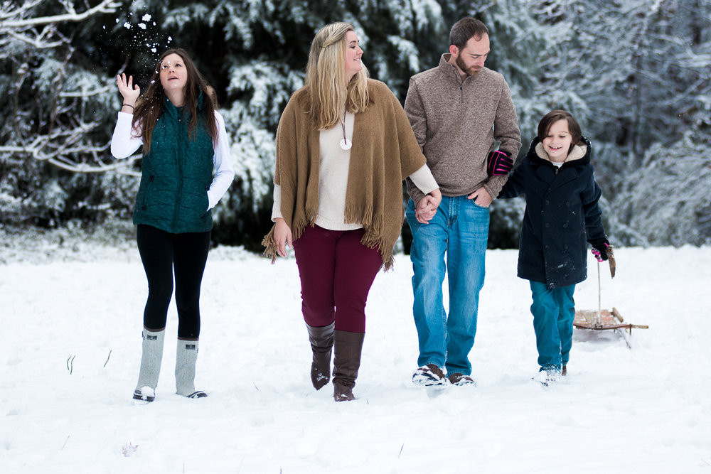 Snow Family Pictures, Lifestyle Family Pictures, Family of 4-38.jpg