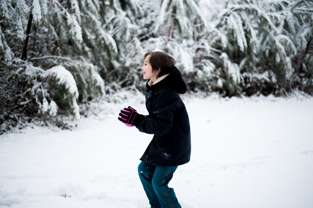 Snow Family Pictures, Lifestyle Family Pictures, Family of 4-87.jpg
