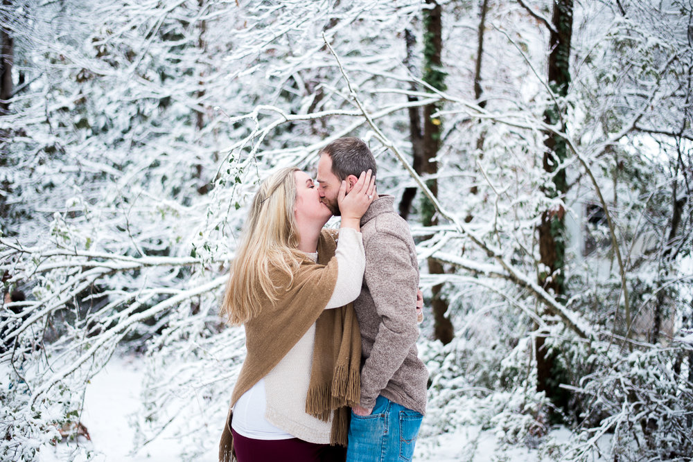 Snow Family Pictures, Lifestyle Family Pictures, Family of 4-118.jpg