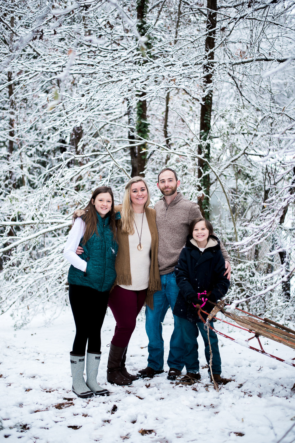 Snow Family Pictures, Lifestyle Family Pictures, Family of 4-121.jpg