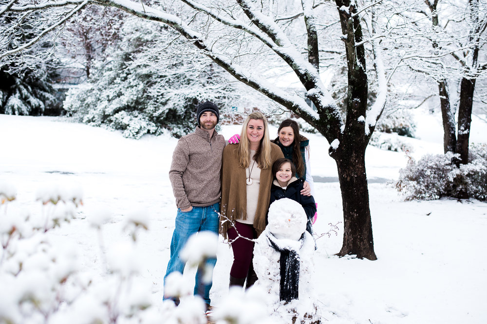 Snow Family Pictures, Lifestyle Family Pictures, Family of 4-184.jpg