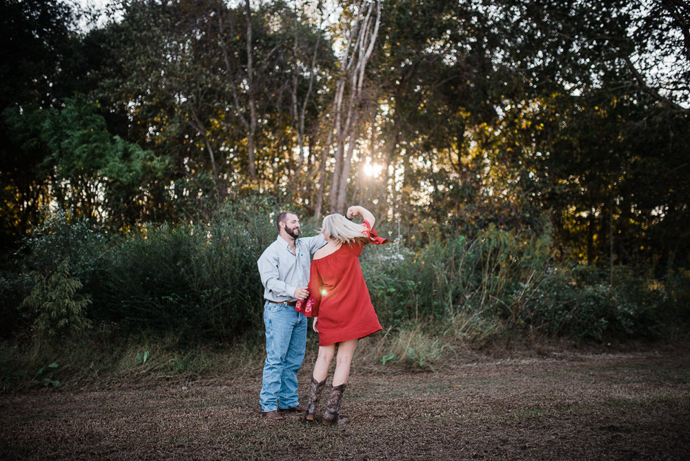 Engagement, Farm, Barn, Rustic, Fall-131.JPG