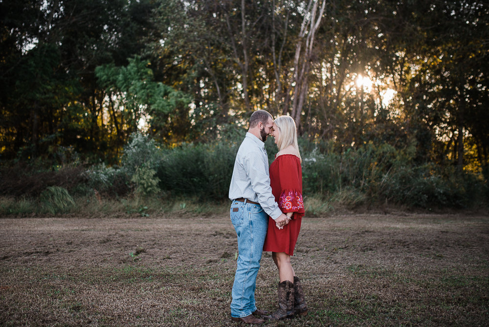 Engagement, Farm, Barn, Rustic, Fall-159.JPG