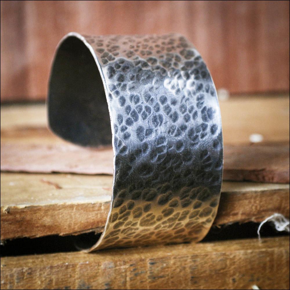 Silver bangle.jpg