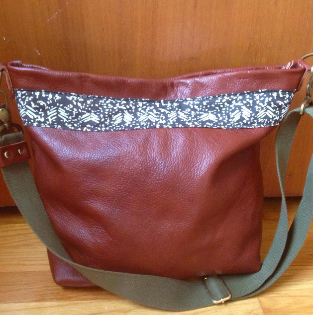 Handbag. Leather & Cotton.