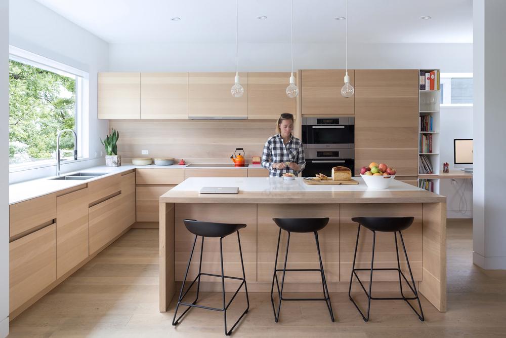 Kitchen West.jpg
