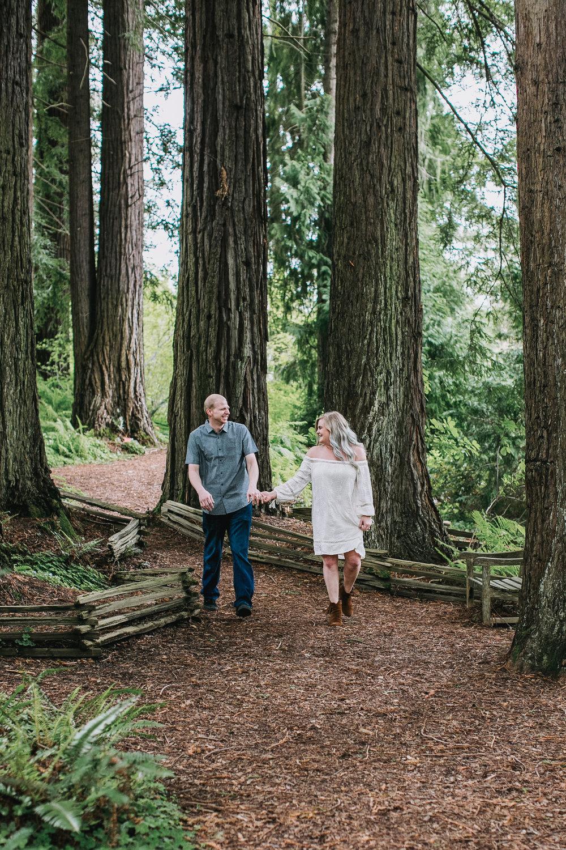 Autumn-Conor-Engagement-12.jpg