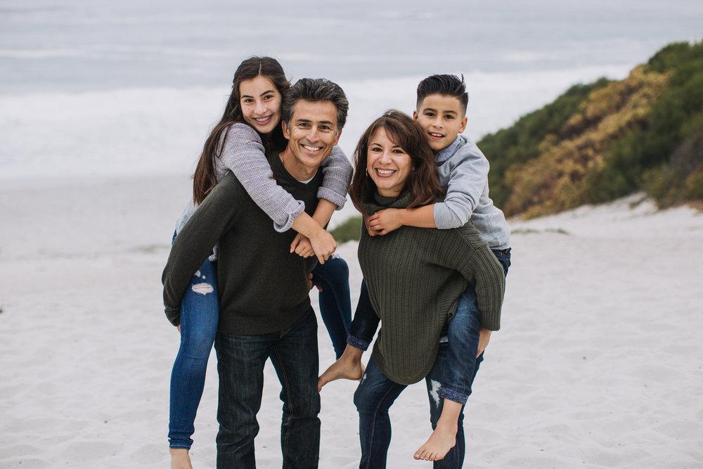 Melendrez-Family-140.jpg