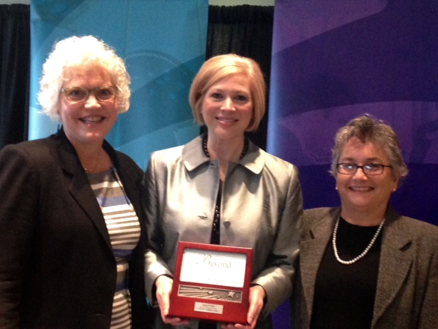 (L-R) Executive Director Kathy Coffey, Distinguished Alumna of 2015 Rebecca Hover, Board President Jonalyn Woolf-Ivory