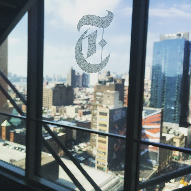 Photographed the annual #posse #alumni event at the #newyorktimes building today. Always a favorite event because everyone is so damn #inspiring! (and the nyt building has such great light:) #posselove @possefoundation @nytimes  (at Times Square NYC)