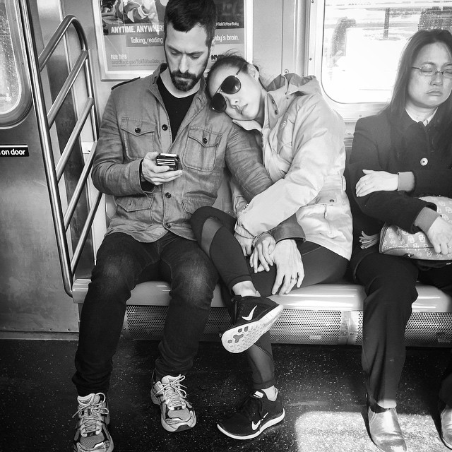 #subway #NYC #manhattanbridge #love #subwaylove #strangers #stolenphoto #couple #sundayafternoon