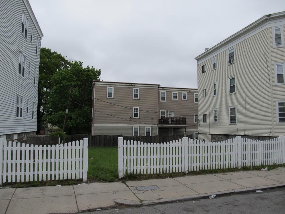 44 Woolson Street
