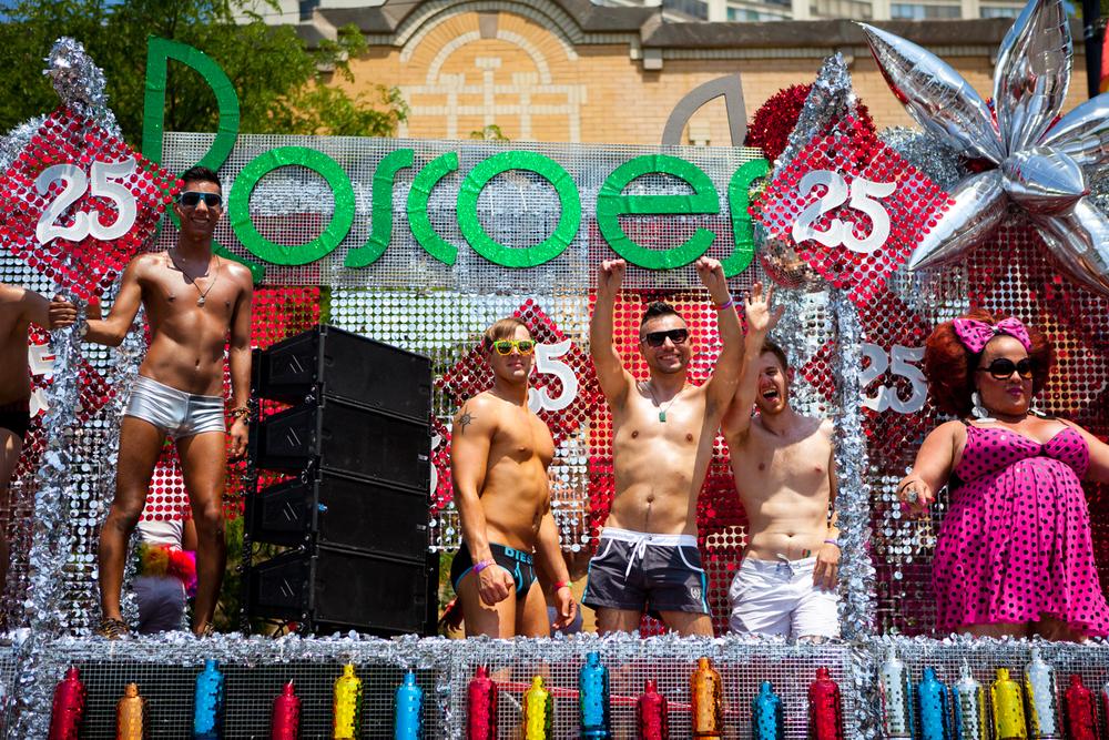 PrideParade-014.jpg