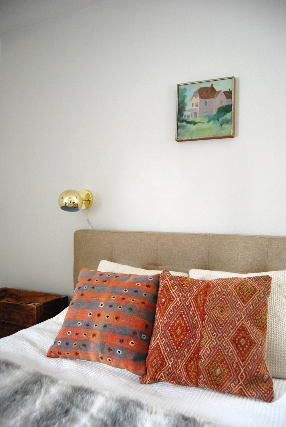 bedroom 034.JPG