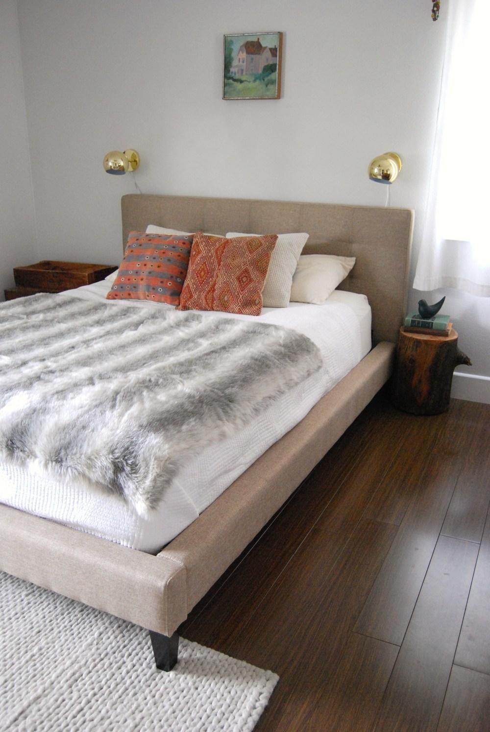 bedroom 029.JPG
