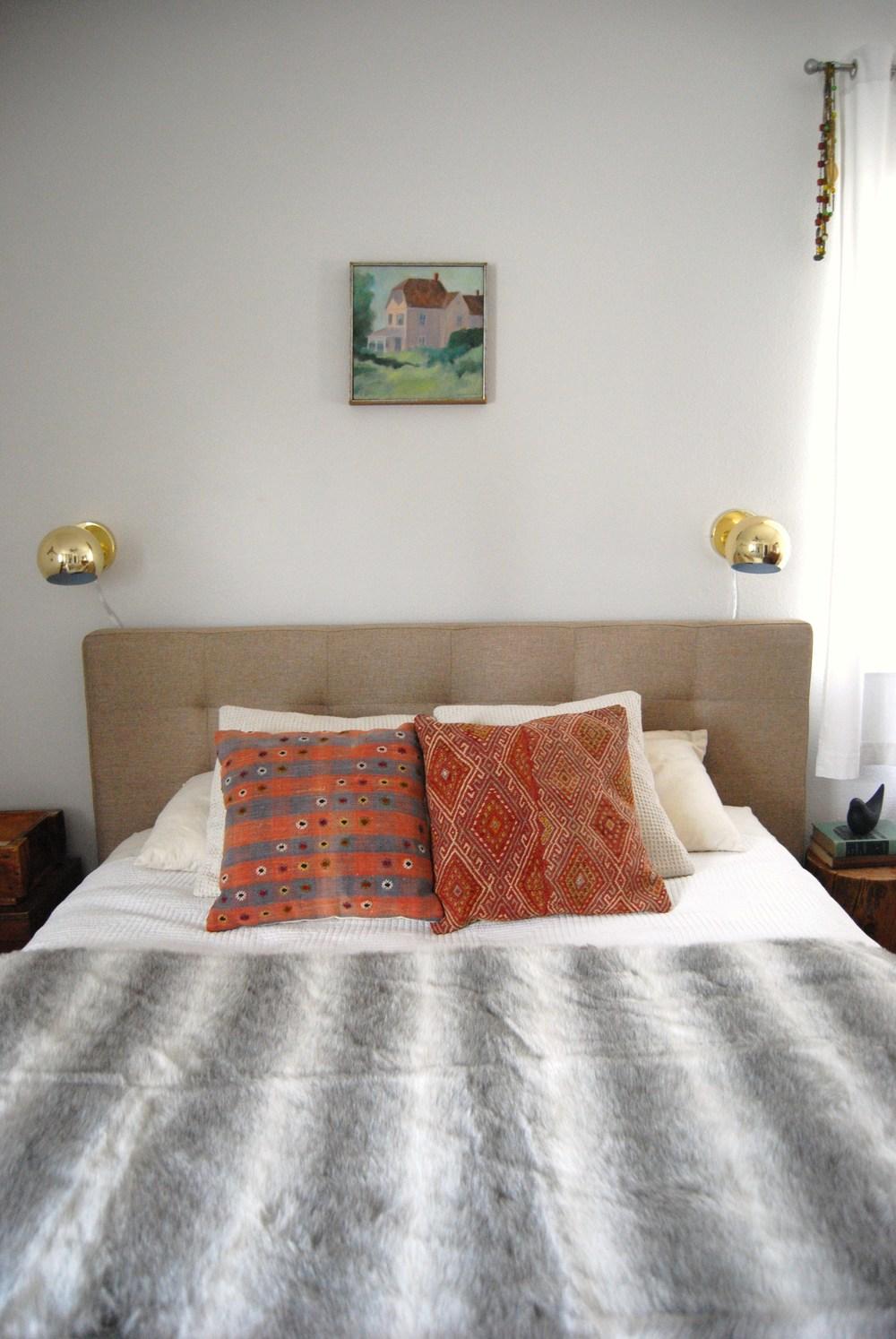 bedroom 031.JPG