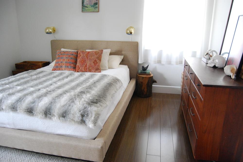 bedroom 082.JPG