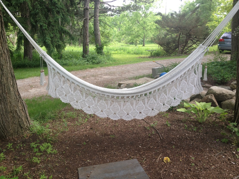 The most perfect hammock ever: found from this Etsy seller