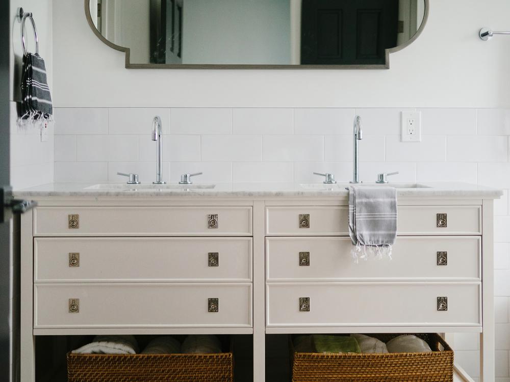 Cheviot Hills bathroom-15.jpg