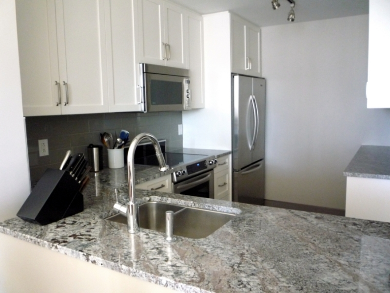 Vancouver Kitchen Remodel - Stainless Steel Appliances, White Cabinets, Granite Countertops