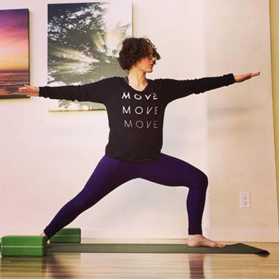 Explore malasana (yoga's squat pose) in this 30-minute all-levels practice with Jenn Pilotti!