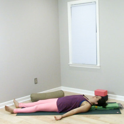 This practice starts off with a series of restorative yoga poses and then moves into a short sequence of gentle backbending movements.
