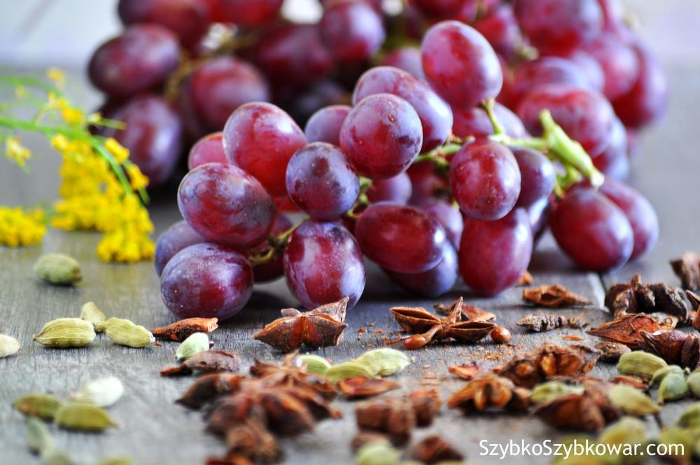 Trzy magiczne składniki: winogrona, zielony kardamon i anyż.