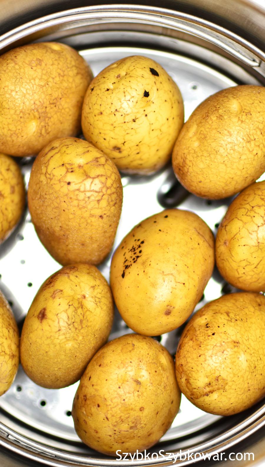 Ziemniaki przed gotowaniem i...