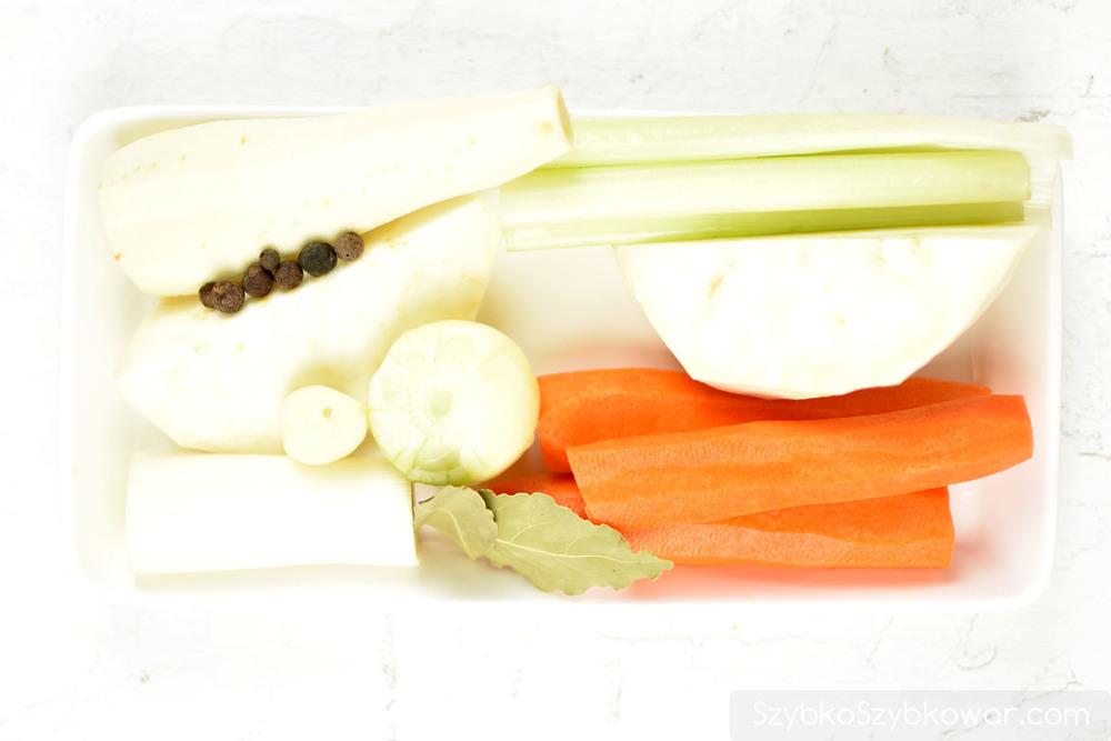 Warzywa i przyprawy.