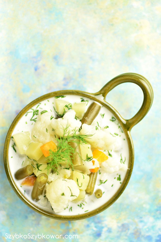 Zupa kalafiorowo - fasolkowa.