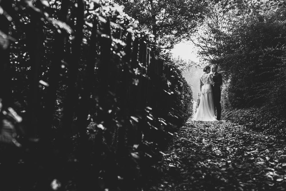 Bruiloft Jan & Pietje   Tuinbruiloft & Eemnes   Emmily B. Photography-33.jpg
