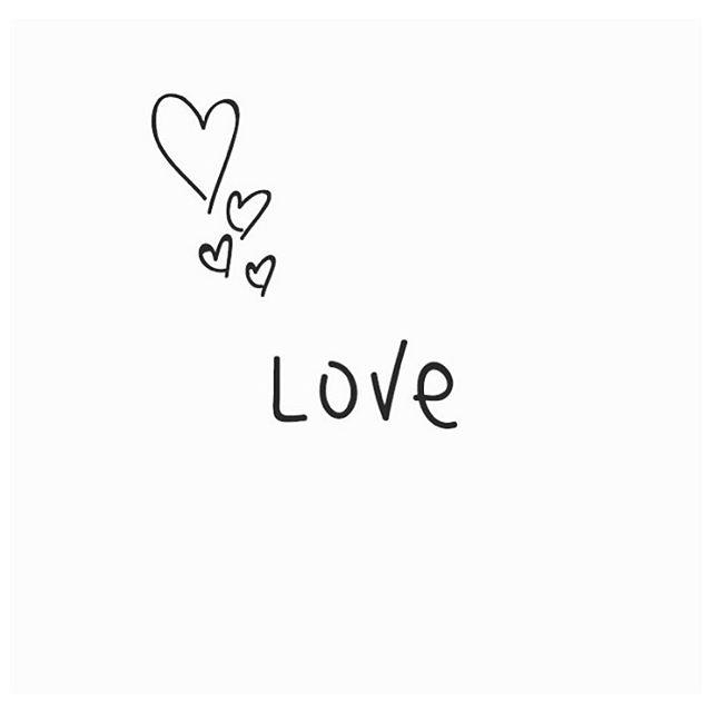 Nous vous souhaitons une belle #Saint-Valentin ! Happy #Valentine's Day ❤️❤️ #love